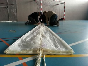 Pliage des parachutes de secours